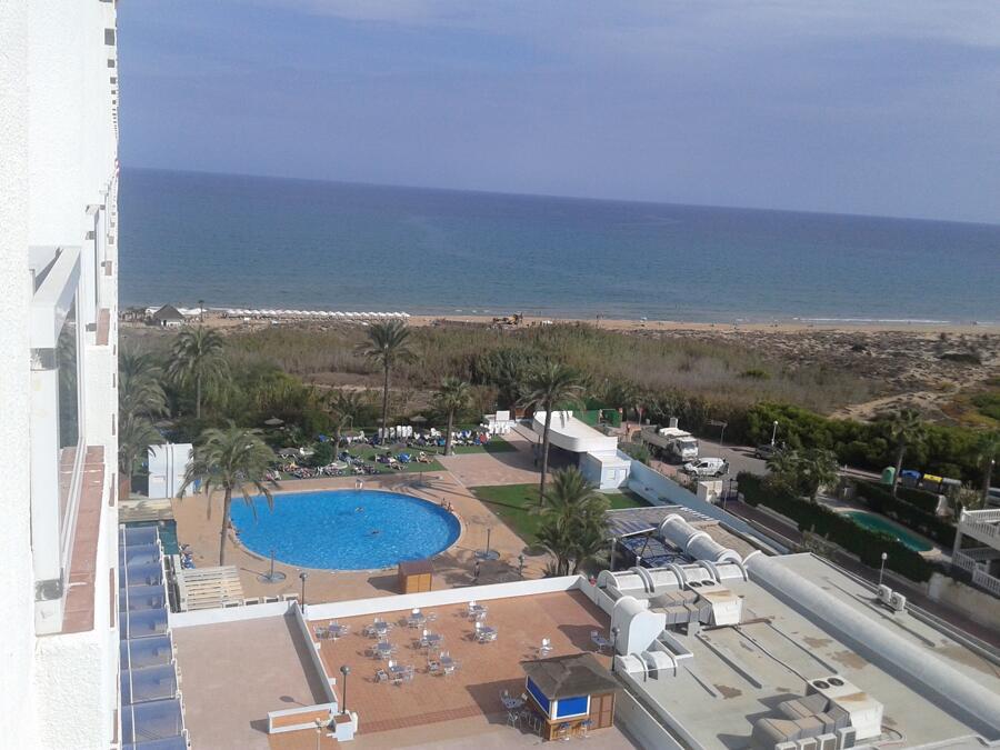Comentarios hotel poseidon playas de guardamar guardamar for Piscina abastos valencia