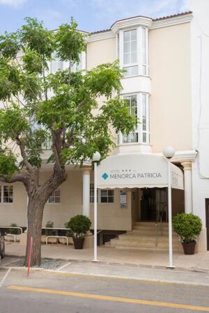 "Foto del exterior de ""Hotel Menorca Patricia"""