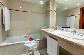 "Foto del baño de ""Hotel Best Semiramis"""