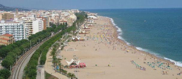 Fotografía de Calella: Calella y su playa