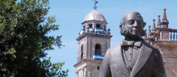Fotografía de Jerez: Escultura del Tio Pepe, que día el nombre al vino