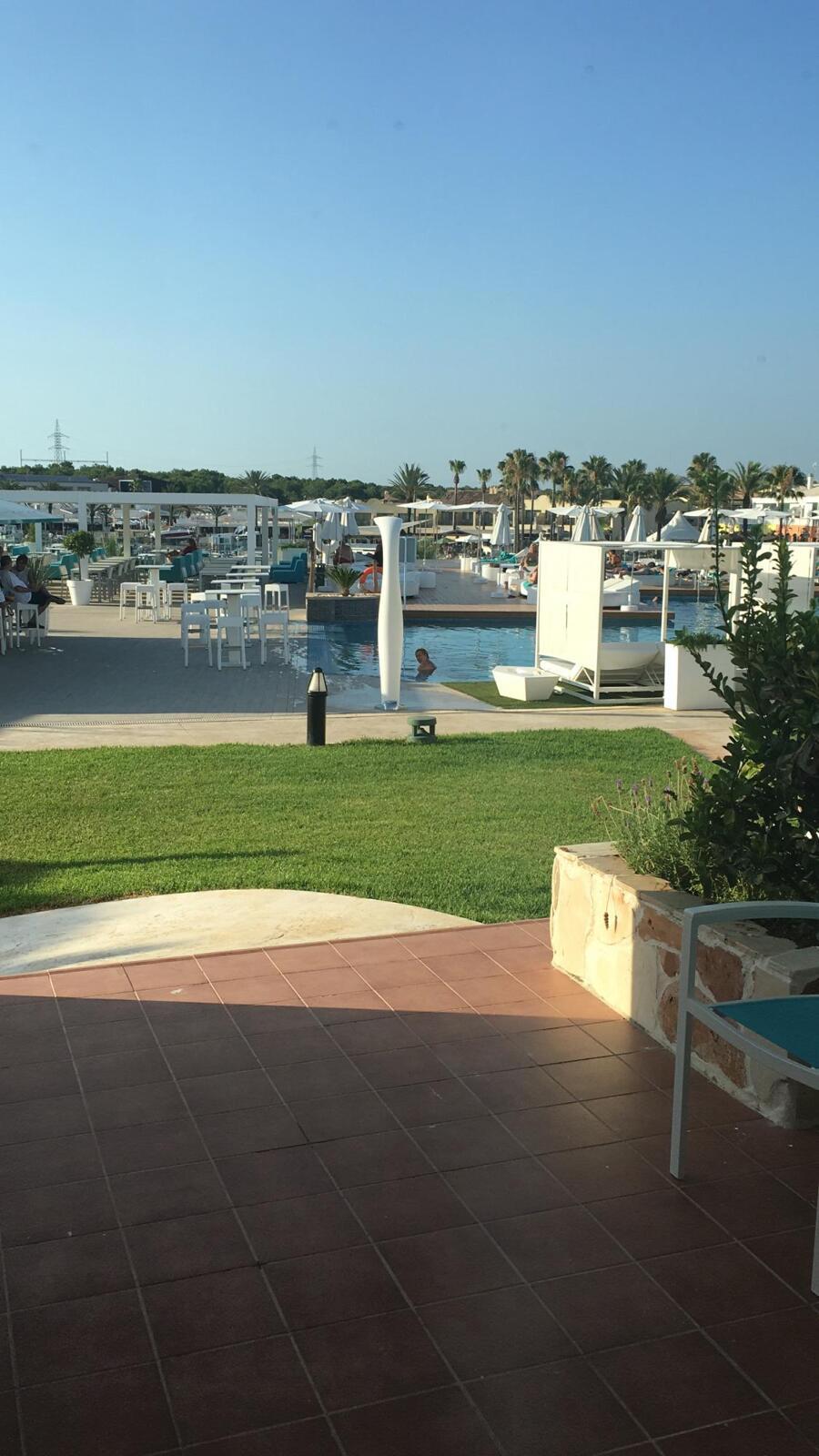 Comentarios casas del lago hotel spa beach club adults only cala en bosch - Hotel casas del lago menorca ...