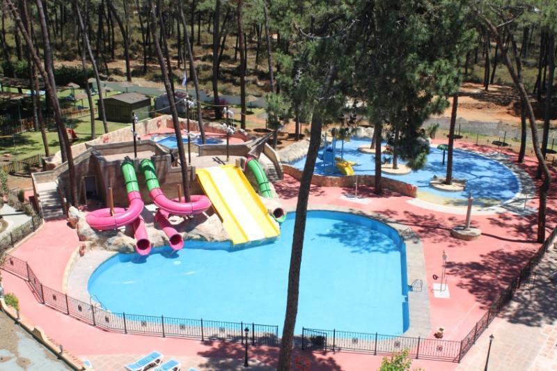 Oferta hoteles con parque acu tico en sur de espa a - Hotel piscina toboganes para ninos ...