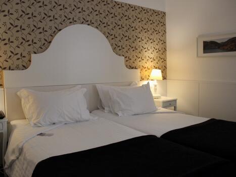Zimmer - Grande Hotel do Porto