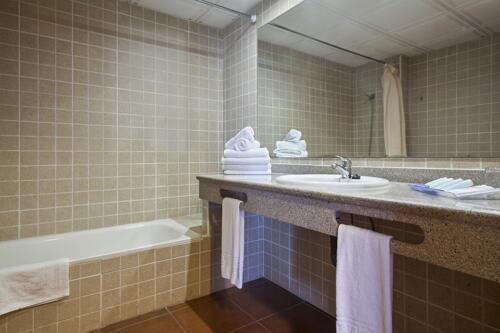 Foto del baño de Aparthotel Best Pueblo Indalo