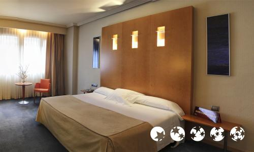 Foto di una camera da Hotel Ilunion Bilbao (ex Confortel)