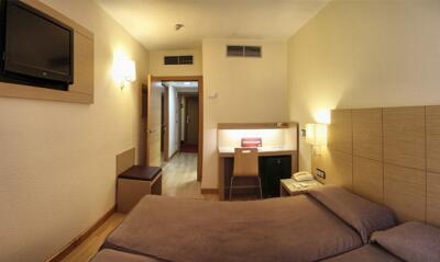 Zimmer - Hotel Condes De Haro