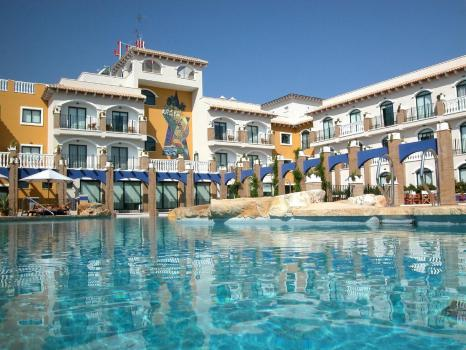 Foto degli esterni Hotel La Laguna Spa & Golf