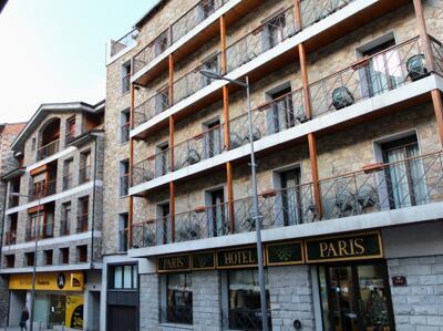 Foto del exterior de Hotel Paris