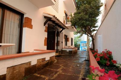 Foto del exterior de Apartamentos AR Caribe Lloret