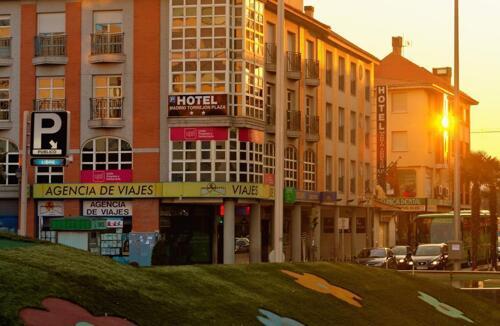 Foto degli esterni Hotel Madrid Torrejon Plaza