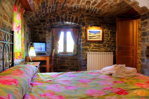 Foto de una habitación de Casas Rurales Pirineo. Ainsa, Huesca, P.N. Ordesa