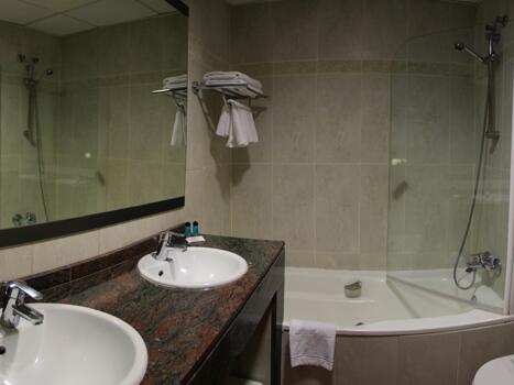 Foto del bagno Hotel Cibeles