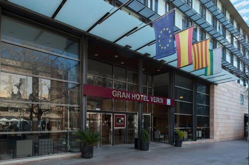 Foto del exterior de Catalonia Gran Hotel Verdi