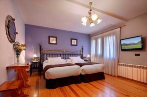"""Foto de una habitación de """"Hotel Mediodia"""""""