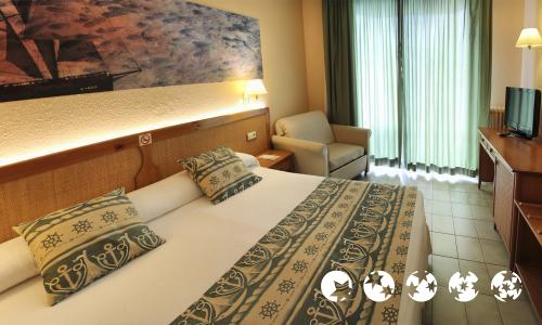Zimmer - Hotel GHT Oasis Tossa & Spa