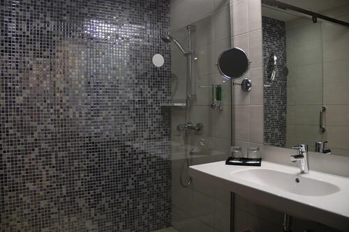 Foto del baño de Hotel Riu Chiclana