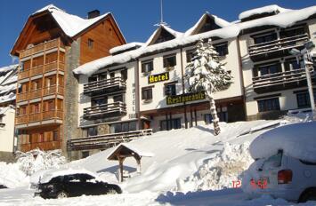 """Foto exterior del """"Hotel Tirol"""""""