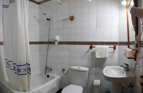 Foto del baño de Hotel Antonio Conil