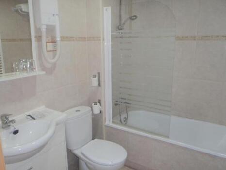 Casa de banho - Hostal Fronton