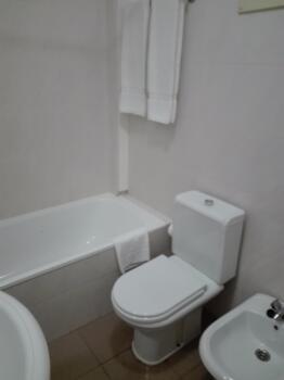 Bathroom – Estalagem Corte do Norte