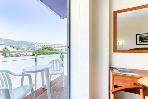 Foto de una habitación de Hotel Mar Blau