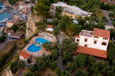 Außenansicht - Hotel Villa Lubrense