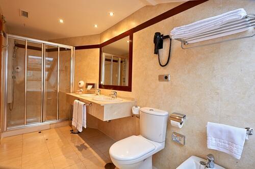 Foto de una habitación de Hotel Palacio Valdés (ex Magistral de Avilés)