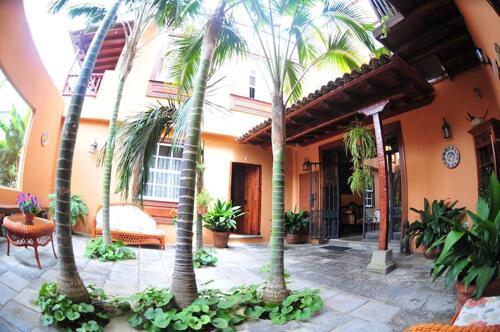 Exterior – Hotel Emblemático San Marcos