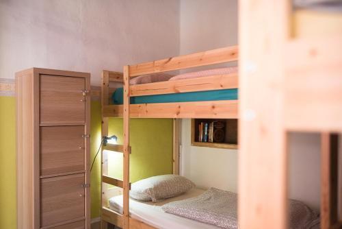Room – La Terrera Youth Hostel
