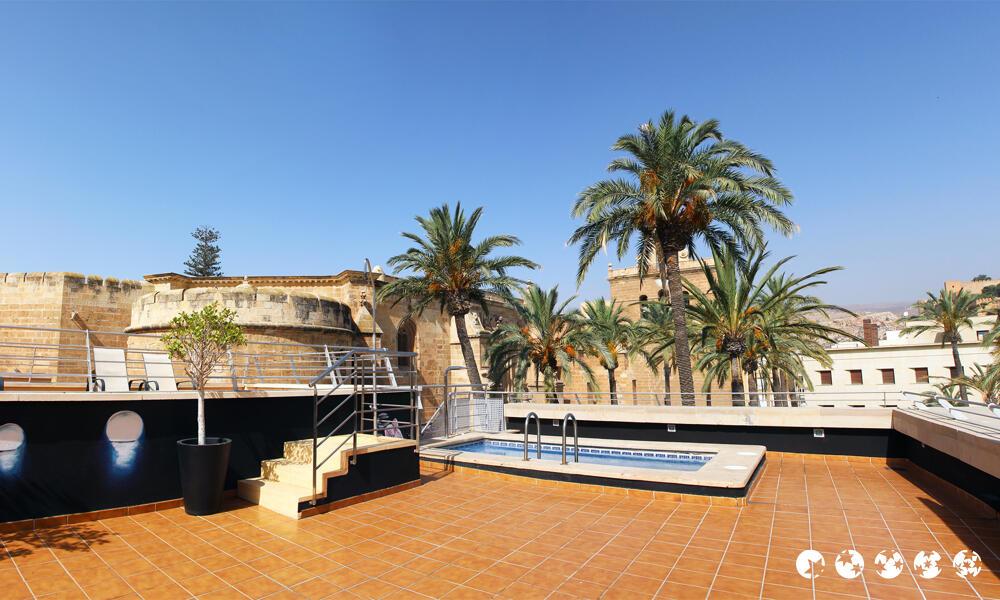 Hotel catedral almer a almer a - Hotel los patios almeria ...