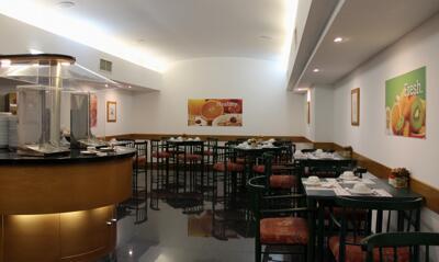 Foto area ristorante Hotel Quality Inn Porto