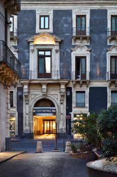 Exterior – Una Hotel Palace