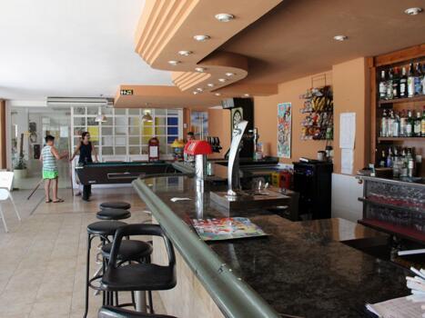 Foto de restauración de Apartamentos Golf Center