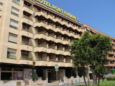Außenansicht - Hotel Port Eugeni