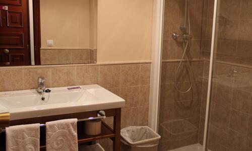 Foto del baño de Apartamentos Aragó