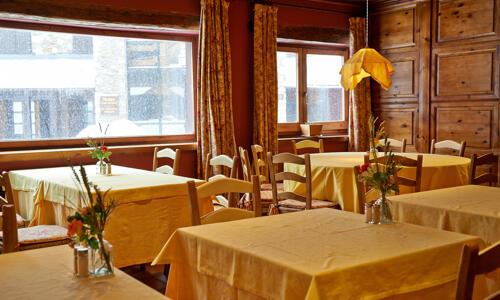 Foto de restauración de Hotel Chalet Bassibe