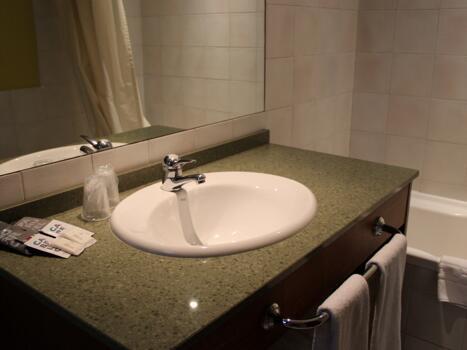 Foto del baño de Aston Hotel