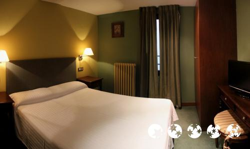 Foto de una habitación de Aston Hotel
