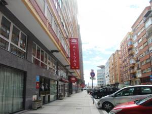 """Foto del exterior de """"Hotel City House Alisas"""""""