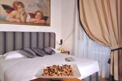 Bild - Savonarola Halldis Apartments