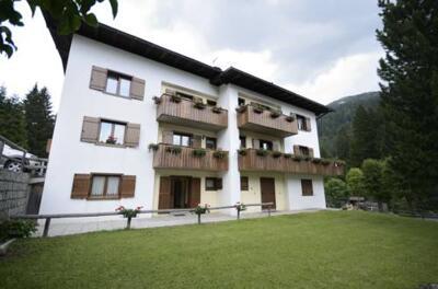 Foto degli esterni Casa Ferrari