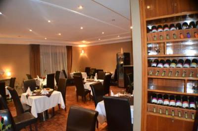 Photo - Fasil International Hotel
