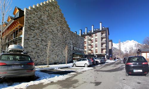 Außenansicht - Hotel y Apartamentos HG Cerler