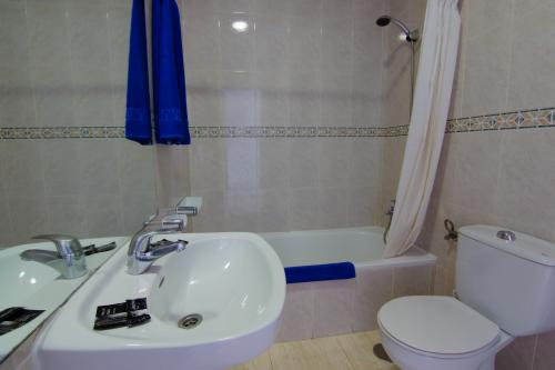 Badezimmer - Hotel Club Siroco - Adults Only