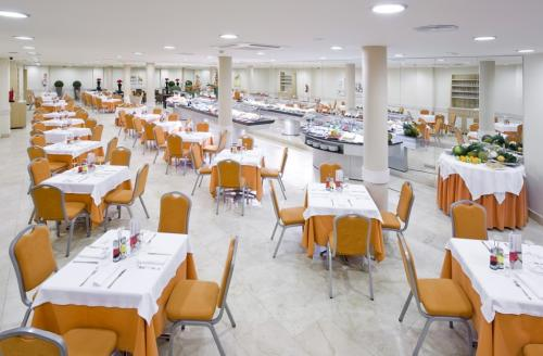 Dining – Hotel Suances