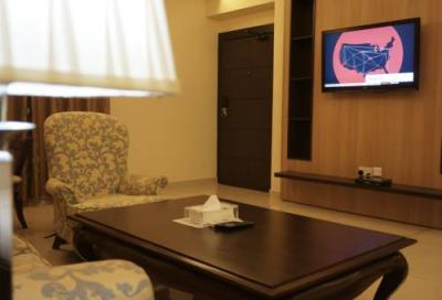 Photo – Home Suites Hotel