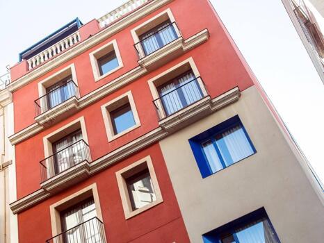 Foto del exterior de Catalonia Avinyo