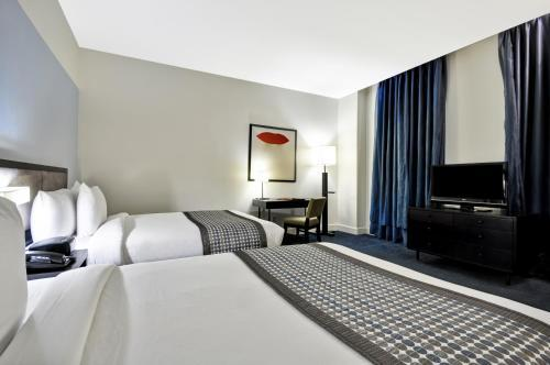 Room – Dylan Hotel NYC