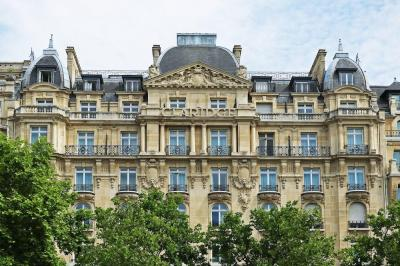 Foto del exterior de Hotel le Claridge Champs Elysees Fraser Suites